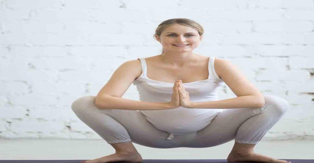 تمرين القرفصاء للحامل في الشهر الثامن